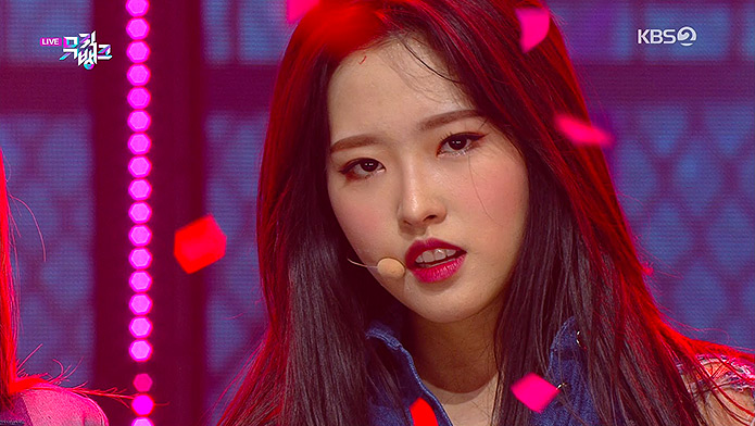 200313 KBS Music Bank LOONA Olivia Hye - So What