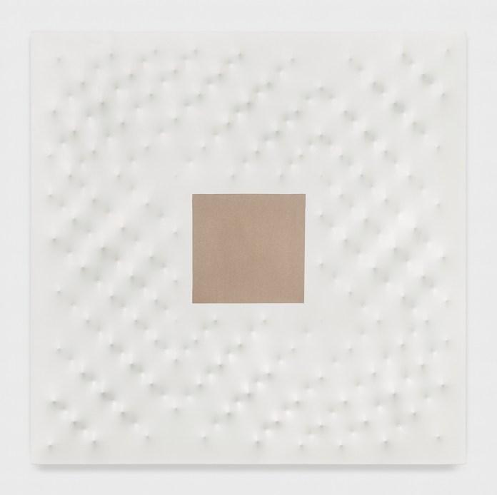 8) Castellani_Superficie bianca con quadrato grezzo_2008 - 67