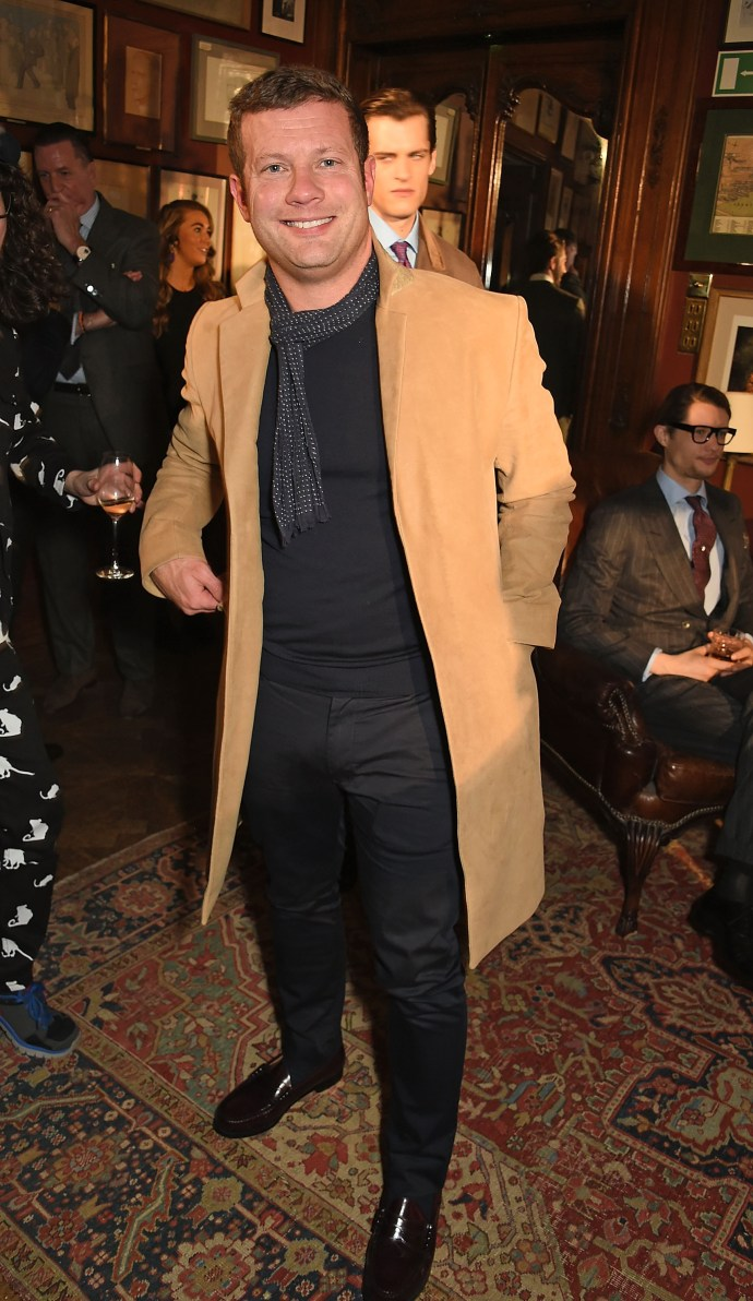 LONDON, ENGLAND - JANUARY 10: Dermot O'Leary attends dunhill Autumn Winter 2016 Collection Presentation LCM on January 10, 2016 in London, England. (Photo by David M. Benett/Dave Benett/Getty Images for Alfred Dunhill) *** Local Caption *** Dermot O'Leary