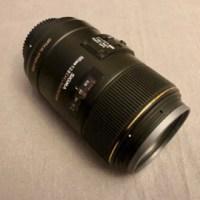 Sigma 105mm f2.8 macrolens voor Nikon spiegelreflex