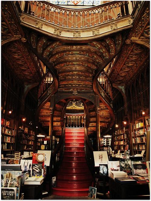 Dus zo ziet 's wereld op twee na mooiste boekwinkel eruit
