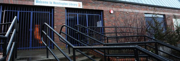 De #BibliotheekHooligan verwijdert obstakels