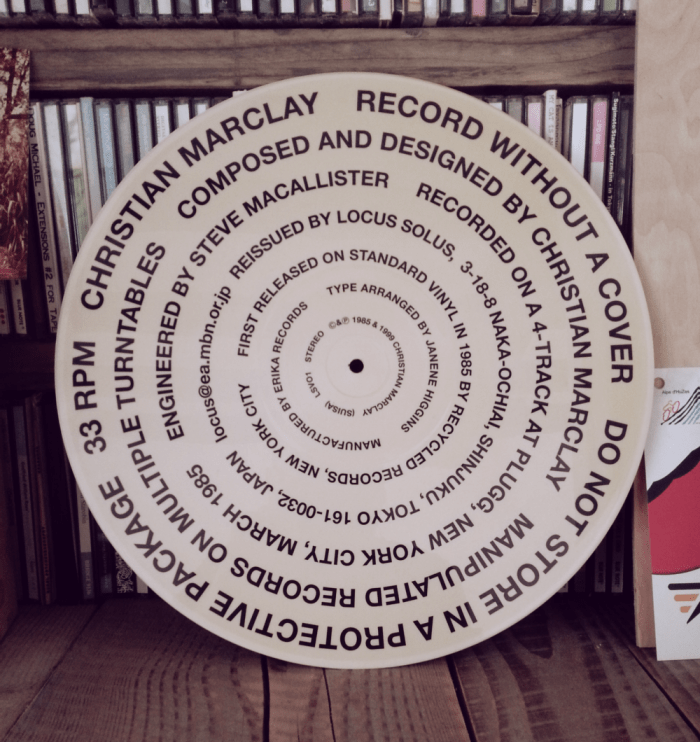Record Without A Cover van Christian Marclay.