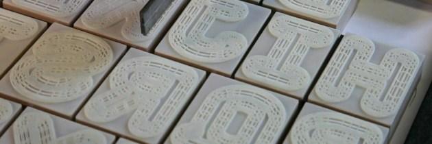 Traditionele drukpers ontmoet 3D printing