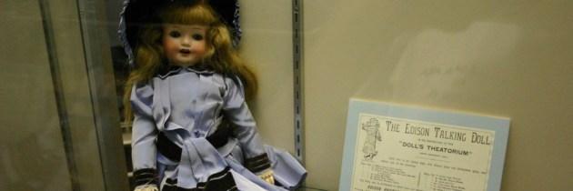 Thomas Edison's pratende poppen uit 1890 tot leven gewekt