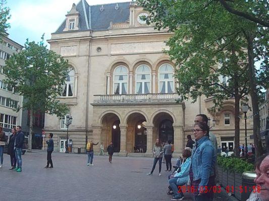 Mit dem USA Schulbus nach Luxemburg