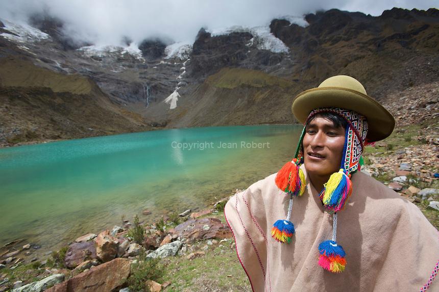 "Salkantay trek to Machu PicchuTrek du Salkantay au Machu Picchu. une alternative au ""Chemin des Incas"""