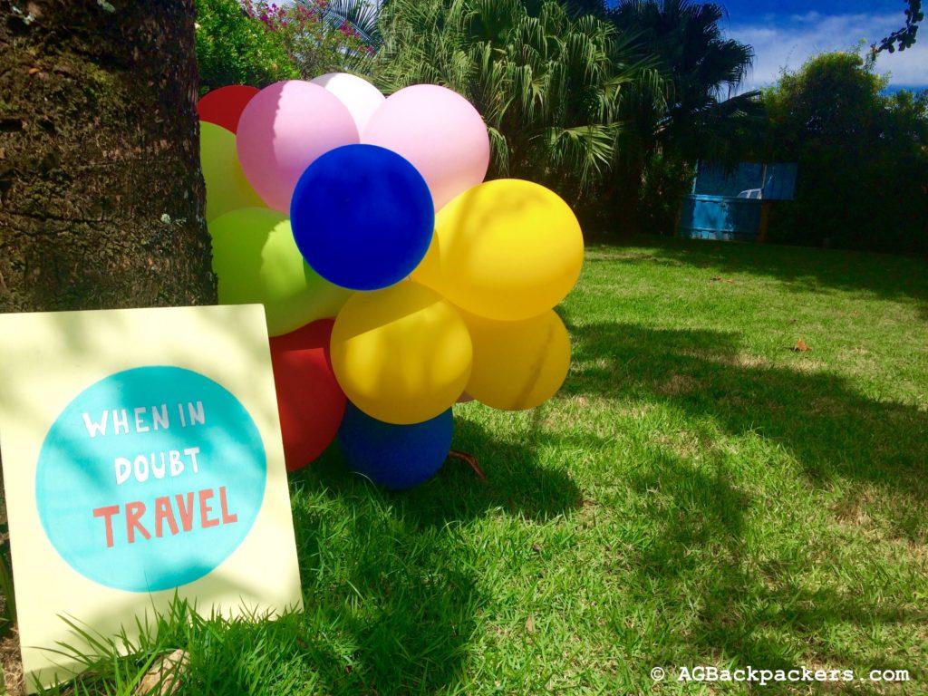 Dans le jardin de Breda Hostel à Paraty Rio de Janeiro Brésil