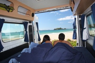 Campervan in New Zeland Wake up to a new view