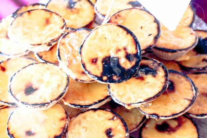 Queimadinhas, dulces típicos de la región.