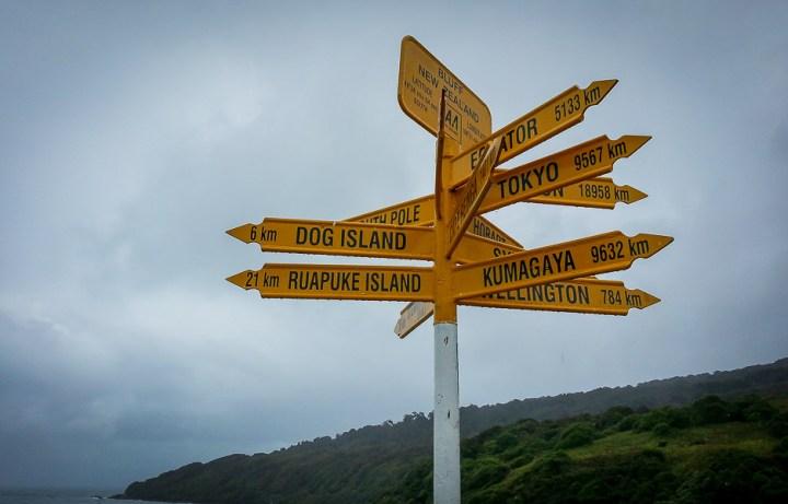 Carteles de distancias en Stirling Point