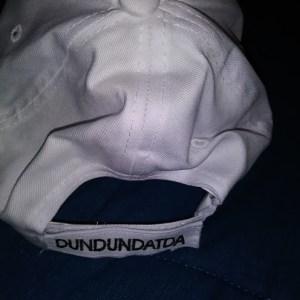 Dun Dun Dat Da Hat White
