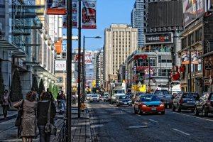 yonge-street-in-toronto-8cc0d19d-7fee-4faf-bac3-fecf9042d7fc