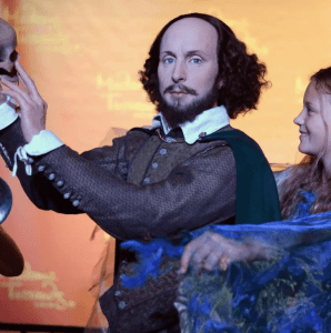 Picture of an actor posing as Shakespeare.