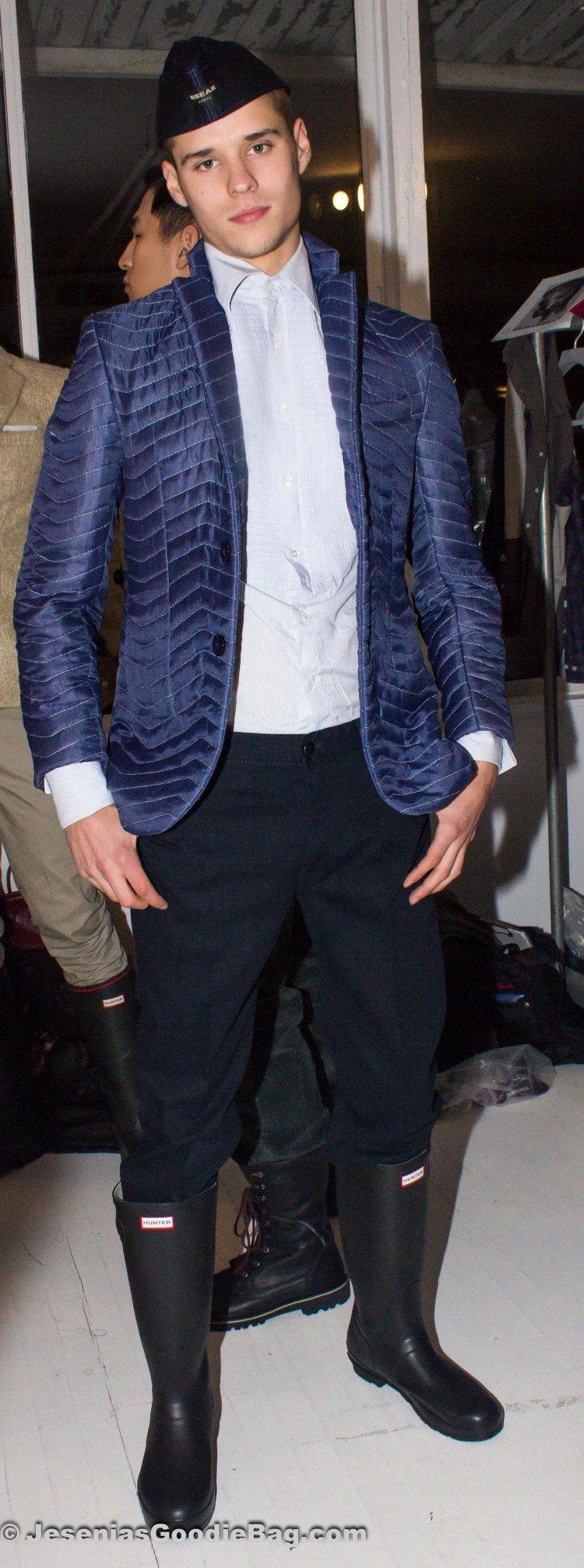 Backstage (Model: Laurence Rodriguez)
