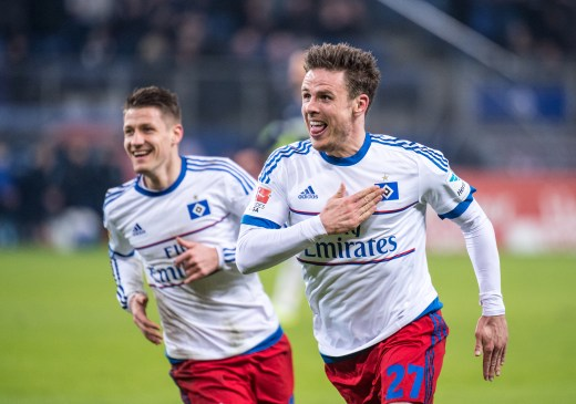 Nicolai Müller celebrates his goal that gave HSV the lead against Hertha Berlin. 2016-03-06