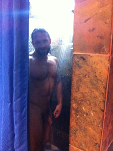 Dirk in the shower at Steel Gym