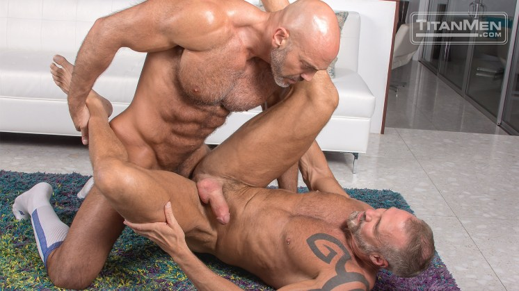 outt_action_JesseDallas_0891