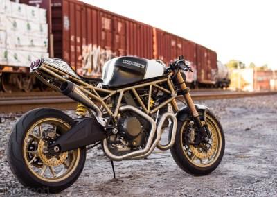 Terremoto – 2000 Ducati 750ss
