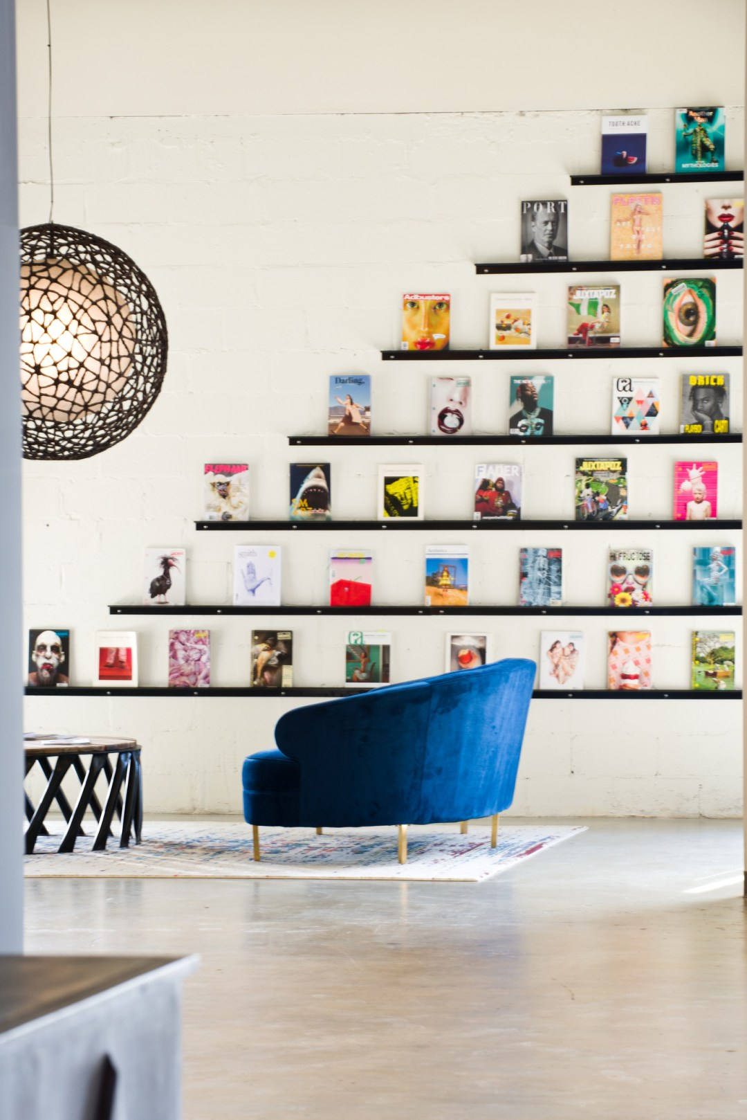 jesse-spade-atlanta-custom-fabrication-magazine-display-wall-shelves