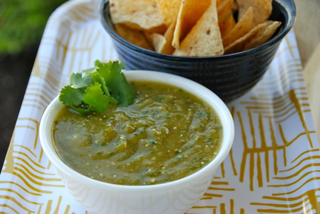 Roasted Tomatillo Salsa Verde Recipe | Flying on Jess Fuel