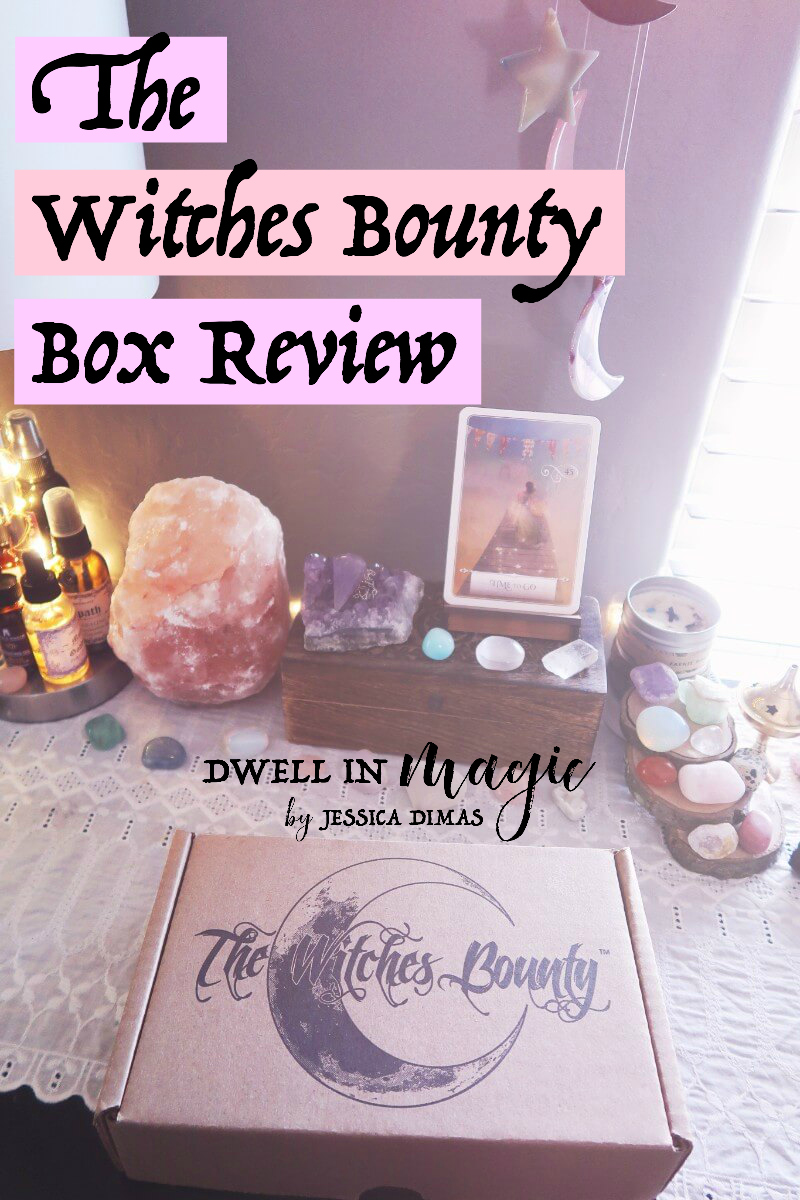 Witchy subscription box review for The Witches Bounty #subscriptionboxesforwomen #witchybox #witchythings #witchesbounty #subscriptionbox