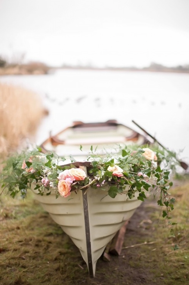 Canoe + Floral Garland Wedding Sendoff | 11 Tips to Personalize Your Wedding - Jessica Dum Wedding Coordination #weddingtips