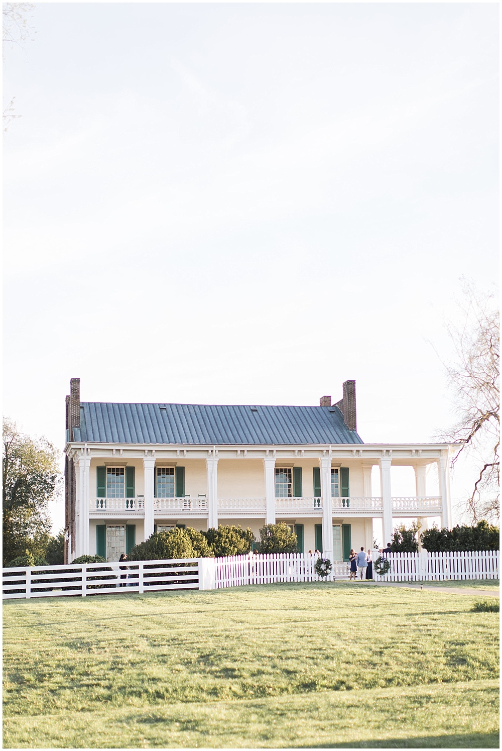 Carnton Plantation, navy and pink southern wedding   Ivan & Louise Images and Jessica Dum Wedding Coordination