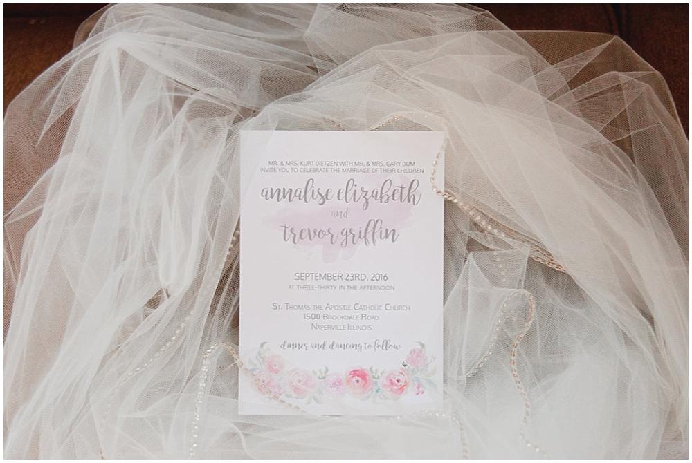 Blush wedding invitation   Chicago urban rustic wedding   Sandra Armenteros Photography + Jessica Dum Wedding Coordination