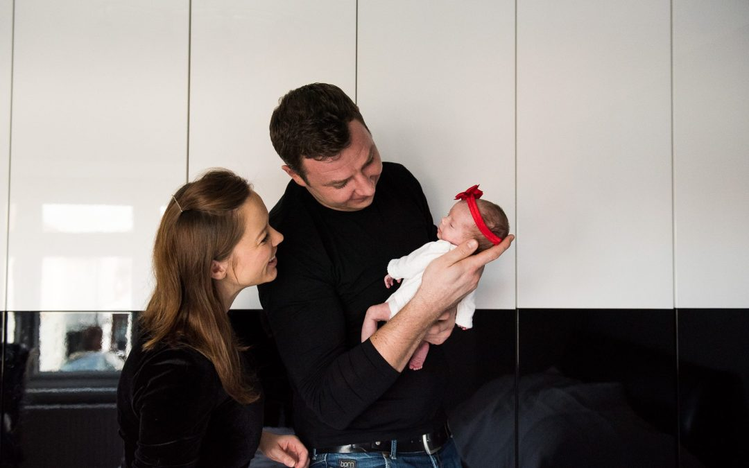 London Family Photography – Tiny Hands and Newborn Smiles