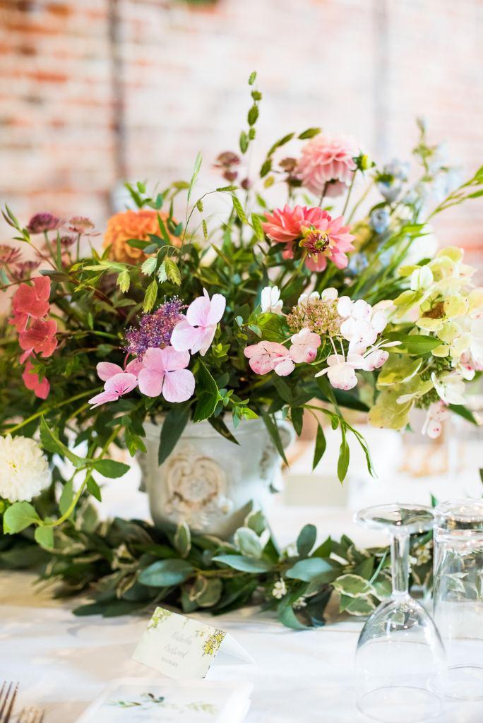 Hydrangea flower table centre piece