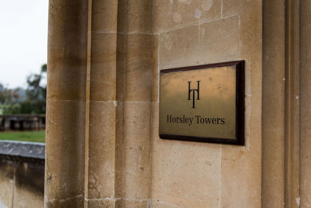Horsley Towers sign