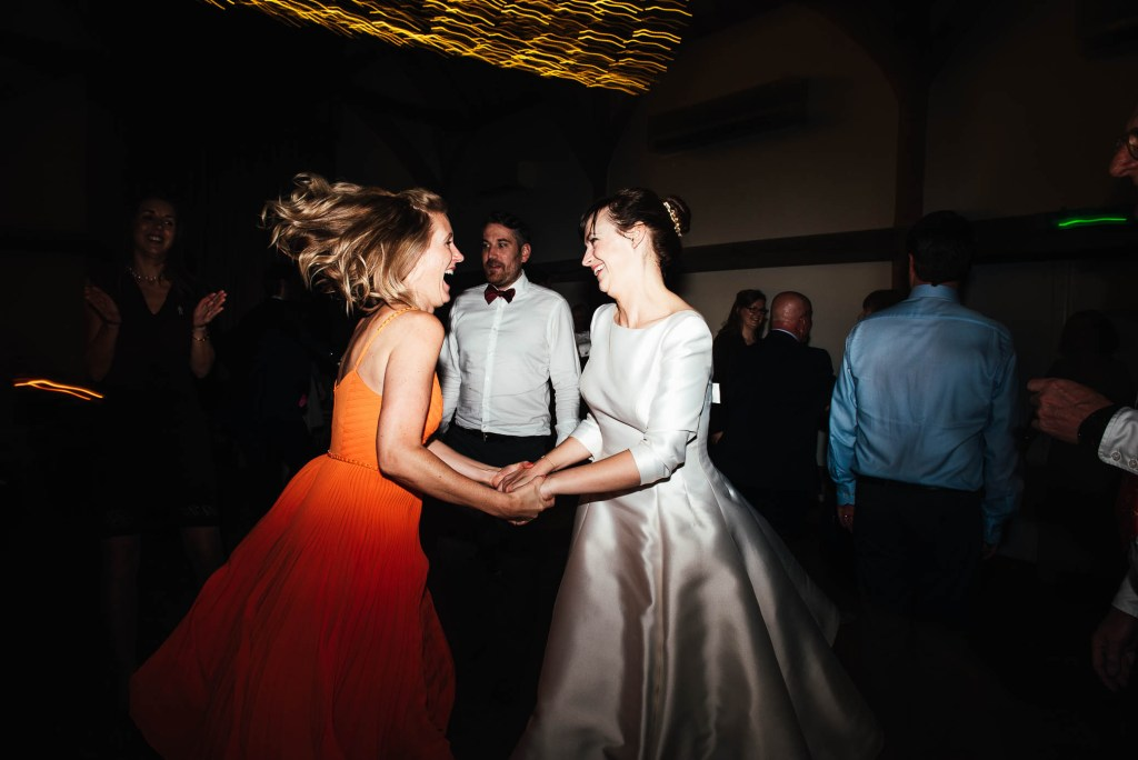 Lively ceilidh dance for a fun and natural Surrey wedding
