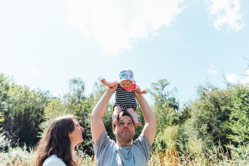 Fun and Candid Socially Distanced Family Shoot