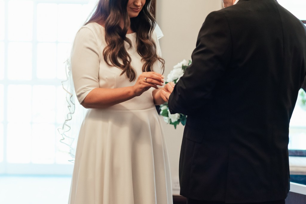 Relaxed Wedding Ceremony Photography