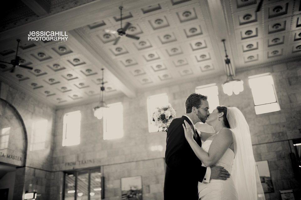 Wilfs-Union-Station-Portland-Weddings_16.jpg