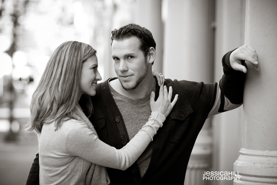 Portland_Engagement_Downtown-17.jpg