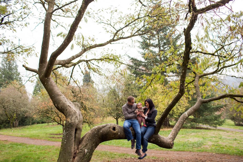 outdoor-baby-family-photos-002
