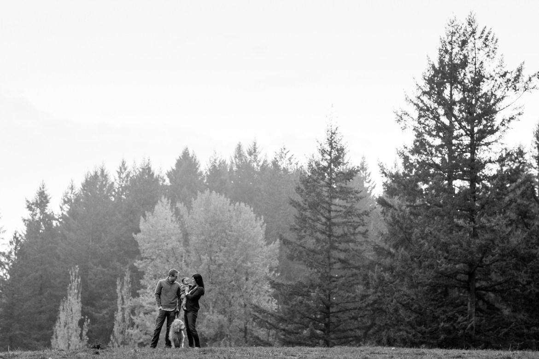 outdoor-baby-family-photos-009