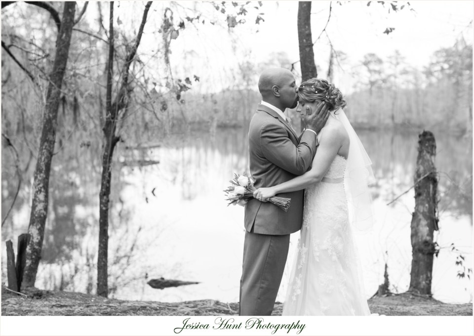MillstoneatAdamsPond|JessicaHuntPhotography|SCWeddingPhotography|WeddingDay|2105|BLOG-58
