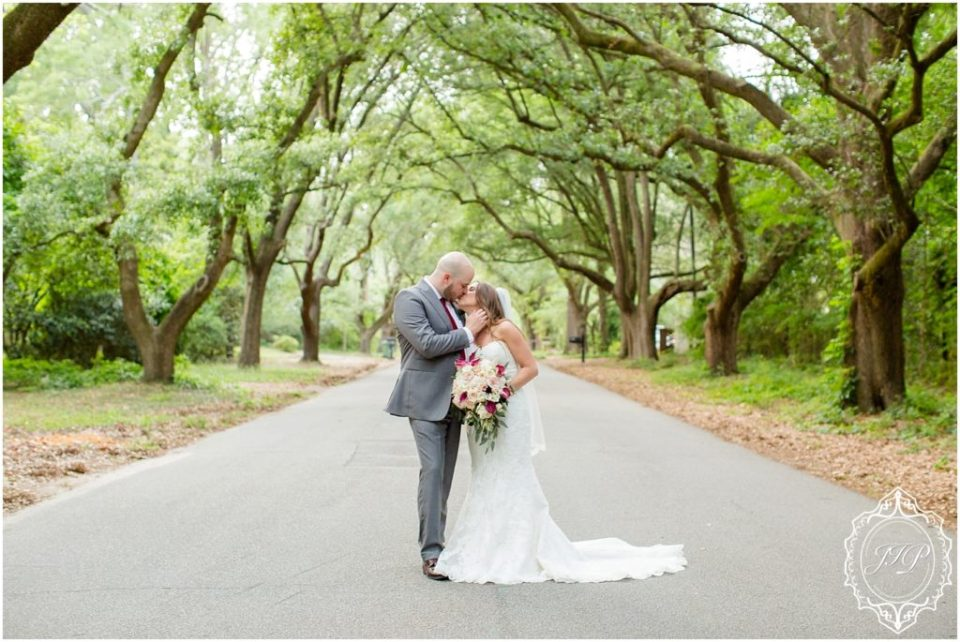 Elegant Southern Charcoal and Maroon Wedding_0066