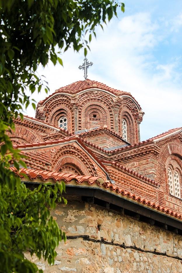 Church-of-the-Mother-God-Perivleptos-Lake-Ohrid
