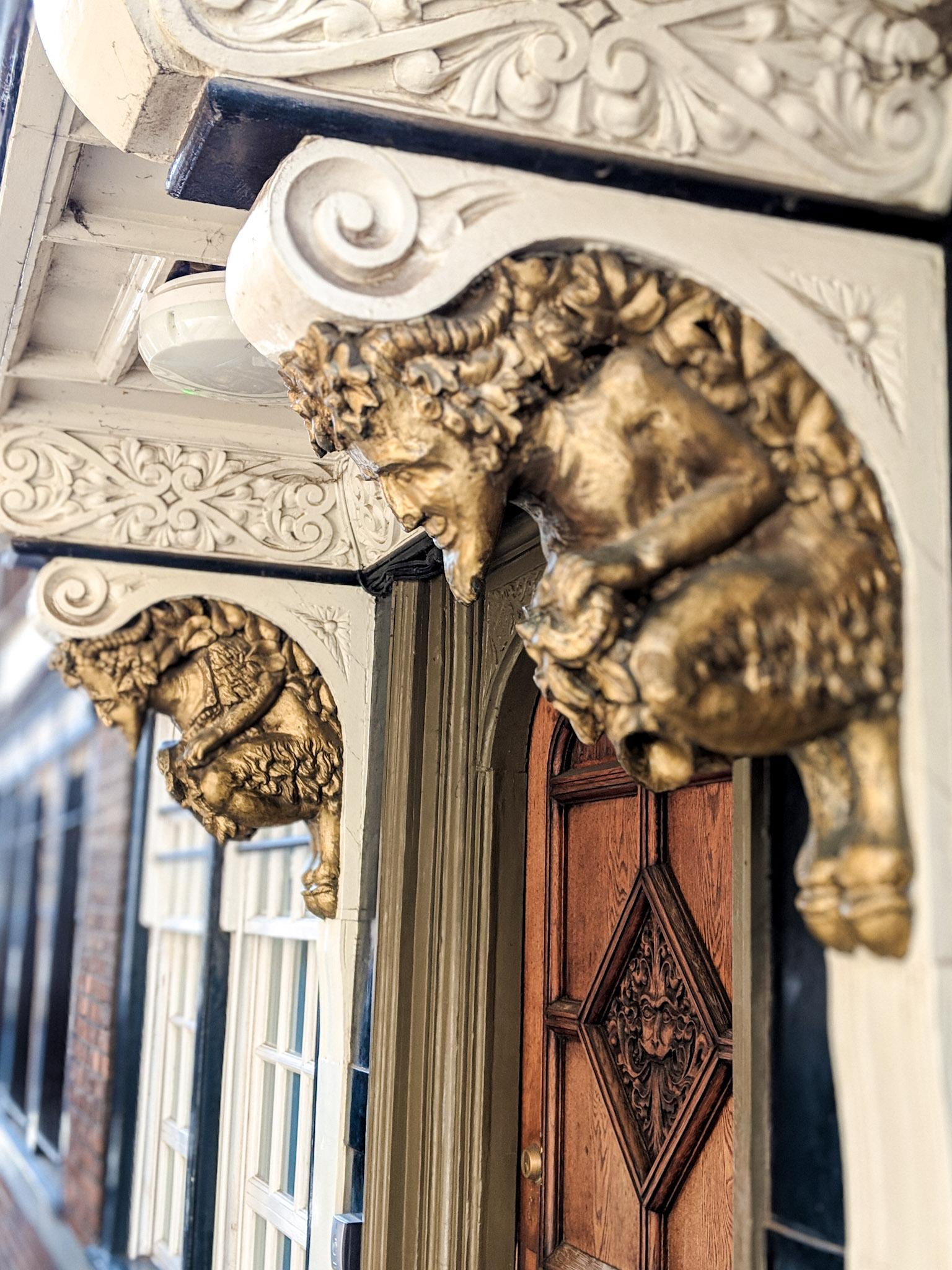 CS-Lewis-Narnia-Oxford