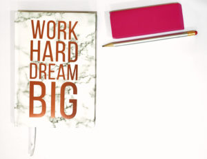 jessica-jan-dream-big-flatlay-notebook-pencil