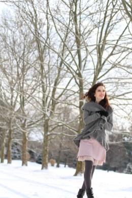 small snowy jess modeling