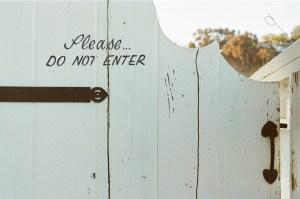 typography-white-door-fence