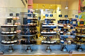 Some of the cupcakes available at Georgetown Cupcake Newbury. There are over 100 different flavors available, including special seasonal flavors.