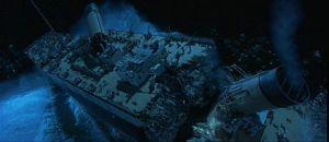 titanic breaking in half