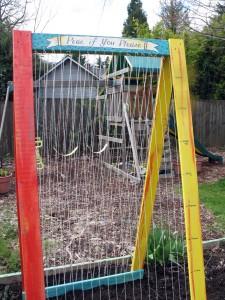 pea trellis, arbor, growing peas, veggie trellis