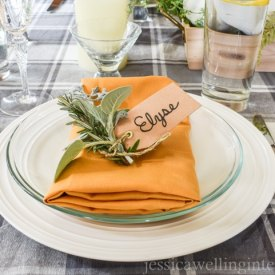 How to Create a Thanksgiving Table Setting